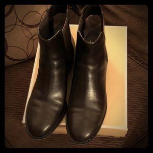MICHAEL Michael Kors Chelsea Ankle Boot